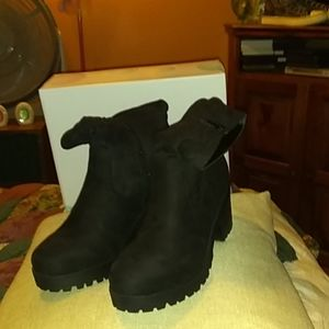 Size 10 slouchy boots